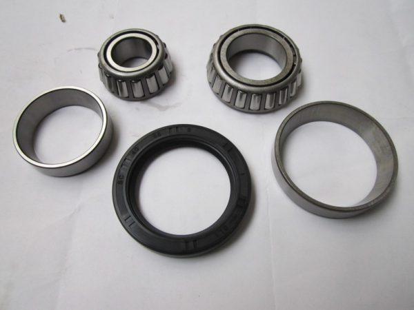 Bearing kit front Avon - GTA (cortina mk4 and 5)