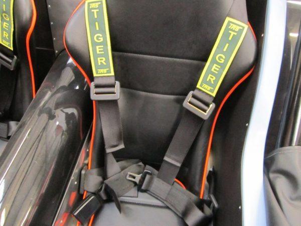 Seat belts 4 point